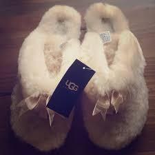 ugg fluff slippers sale 31 ugg shoes ugg australia fluff flip flop ii size 8 from