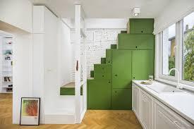 escalier entre cuisine et salon escalier ouvert salon free sous luescalier un coin salon