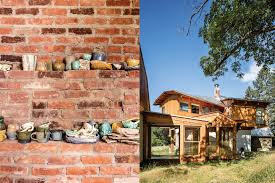 frank gehry and cai guo qiang walk into a barn
