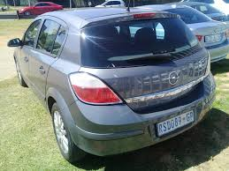 opel astra 2004 black used opel astra 1 6 essentia 5dr for sale in gauteng 1691365
