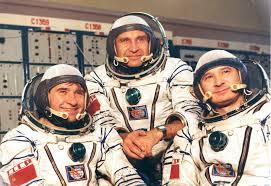 spaceflight mission report soyuz t 3