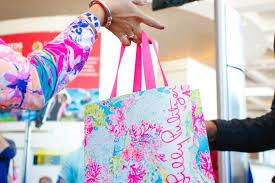 pulitzer opens pop up store on las olas boulevard