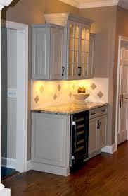 mdf prestige shaker door arctic ribbon kraft maid kitchen cabinets