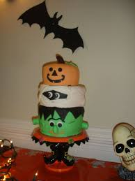 3 tiered halloween cake cakecentral com
