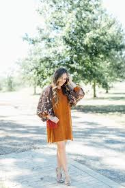 affordable fashion blog walking in memphis in high heels