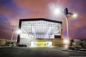 Greenhouse Lights Duggal Greenhouse Lights Up The Brooklyn Navy Yard Ny Daily News