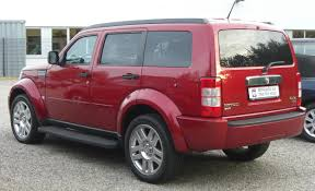 tata sumo grande file dodge nitro 2 8 crd rear jpg wikimedia commons