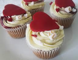 personalised cupcakes heart personalised cupcakes london