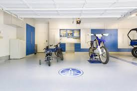 29 garage storage ideas plus 3 garage man caves the expansive garage with perfectly blended colors of blue and white allow a show display for
