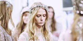 bridal hair accessories uk hair accessories for weddings the 20 best bridal and wedding