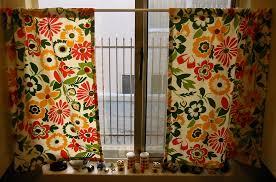 Kitchen Curtain Patterns Vintage Button Kitchen Curtains Allfreesewing