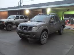nissan frontier stance reporting back after lift and 1st offroad trip nissan frontier