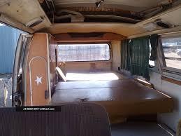 volkswagen westfalia camper interior volkswagen westfalia interieur volkswagen westfalia le mythe et