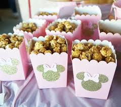 Birthday Candy Buffet Ideas by 25 Best Gold Candy Buffet Ideas On Pinterest Gold Candy Bar