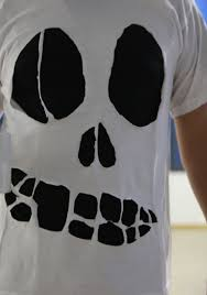 Halloween T Shirt by An Easy Tutorial For A Handmade Skull Shirt For Halloween