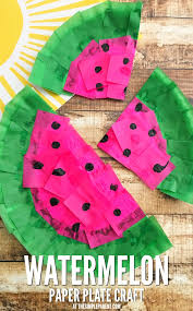 make a cute watermelon craft from a paper plate