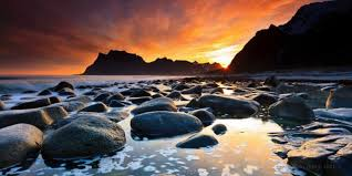 When Darkness Turns To Light It Ends Tonight The Midnight Sun Official Travel Guide To Norway Visitnorway Com