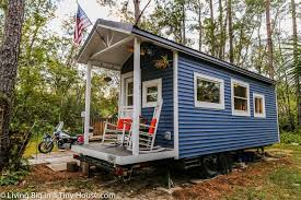 amazing tiny homes college student builds outstanding diy 15 000 tiny house for debt