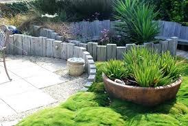 Garden Edging Idea Timber Garden Edging Ideas Timber Garden Edging Idea Curved Timber