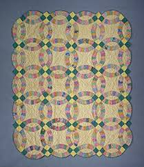 Double Wedding Ring Quilt by 1930