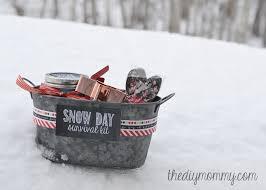 hot chocolate gift basket make a snow day survival kit christmas gift the diy