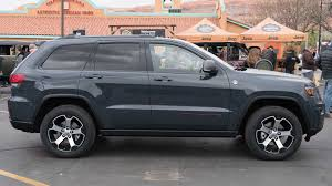 jeep grand cherokee trailhawk grey jeep grand cherokee trailhawk debuts in new york moab the drive