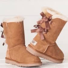 ugg s kintla boot 40 ugg shoes ugg authentic bailey bow chestnut boots sz 8