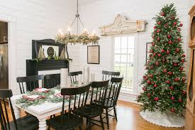 Magnolia Homes Waco Tx by Fixer Upper Christmas Home