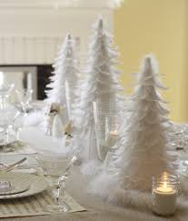 christmas decoration white feather table via wenderly com