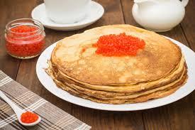 russe cuisine crêpes avec le caviar cuisine russe configuration plate