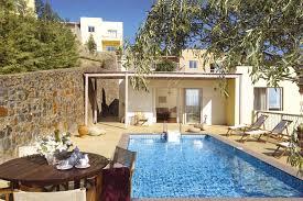 chambre avec piscine priv location de vacances en crete villa de luxe crete 2 chambres avec