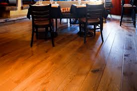 Bleached White Oak Laminate Flooring Current Trends In Hardwood Flooring
