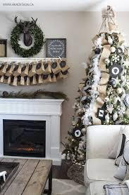 32 best christmas living room decor ideas and designs for 2017