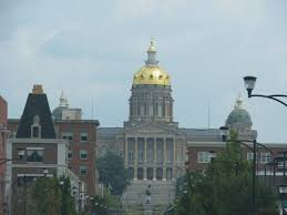 Iowa State Capitol by Visiting State Capitols Traveling Mama