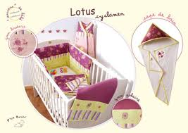 theme chambre bébé fille décoration chambre bébé violette thème violet