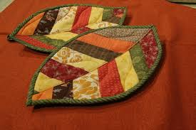 free patterns quilted potholders lovely leaf quilt patterns for spring potholders leaves and patterns