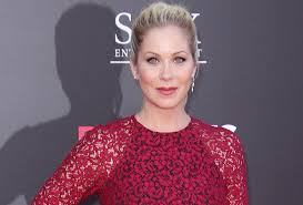 christina applegate hairstyles christina applegate cast in lifetime dramedy your time is up
