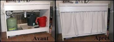 coudre des rideaux de cuisine rideau sous evier cuisine couture plan vasque sur mesure bois
