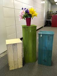 Vase Stands 130 Inspired Wood Pallet Projects