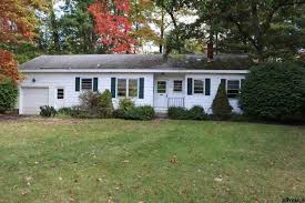 Delmar Gardens Family 40 Saint Clair Dr Delmar Ny U2014 Mls 201720778 U2014 Better Homes And