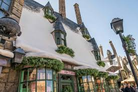 holiday decorations for the home 3 favorite hogsmeade areas decorated for a harry potter christmas
