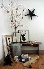 25 non traditional christmas decorating ideas