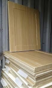 light oak shaker kitchen cabinets shaker light oak kitchen cupboard doors drawers to fit howdens magnet wren units ebay
