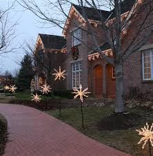 Outdoor Christmas Decorations Hire by How To Decorate Your House With Christmas Lights