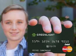 debit cards for kids greenlight debit card for high schoolers goes mobile global