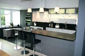cuisine pas cheres comptoir cuisine pas cher cuisine avec bar comptoir cuisine ouverte
