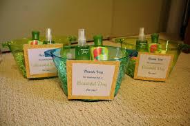 gifts for shower hostess landscape lighting ideas