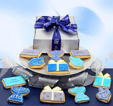 chanukah cookies 12 decorated chanukah cookies in a gift box hanukkah