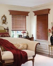 horizontal wood blinds