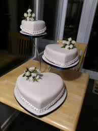 beautiful handmade wedding cakes for poole in dorset